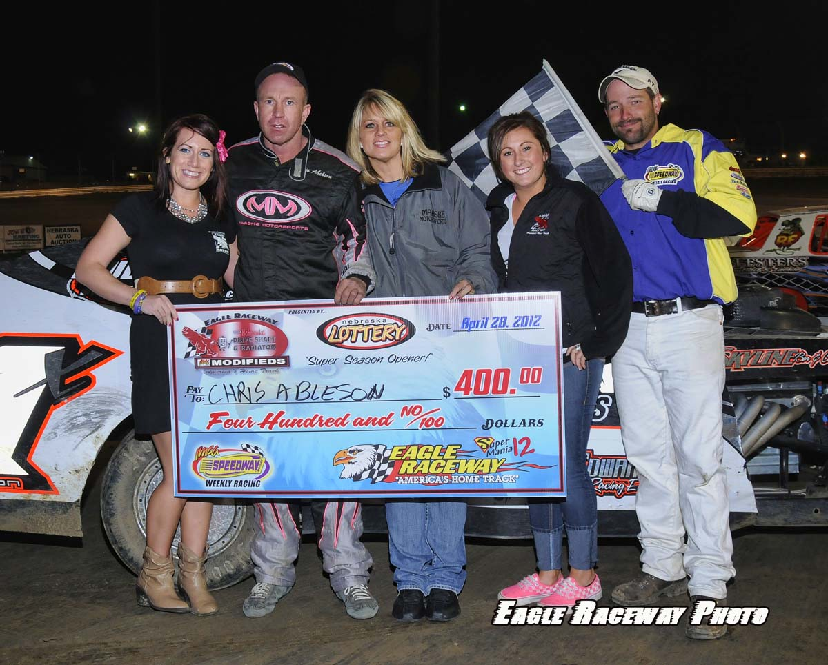 eagle-04-28-12-chris-ableson-with-crew-and-jamie-kromberg-and-elle-patocka-and-flagman-billy-lloyd