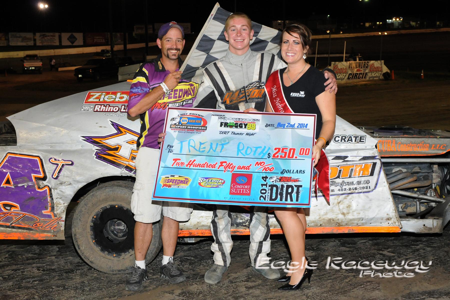 Eagle-08-02-14-369-Trent-Roth-with-Miss-Nebraska-Cup-Elle-Patocka-and-flagman-Billy-Lloyd-JoeOrthPhotos