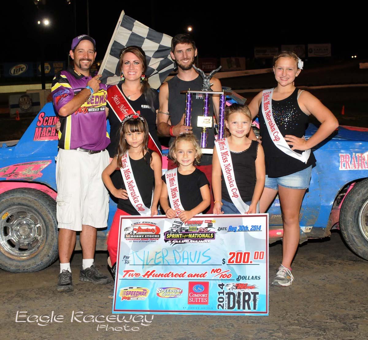 Eagle-08-30-14-457-Tyler-Davis-with-2013-Miss-Nebraska-Cup-Elle-Potocka-along-with-2014-Mini-Miss-Nebraska-Cup-finailist-and-flagman-Billy-Lloyd-JoeOrthPhoto