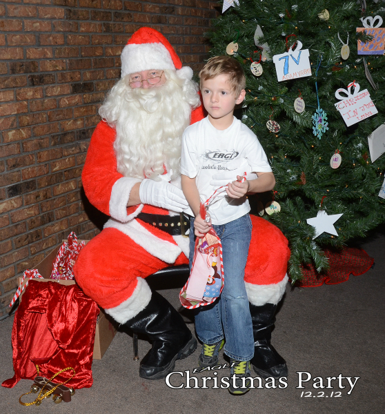 eagle-christmas-party-12-02-12-026_0