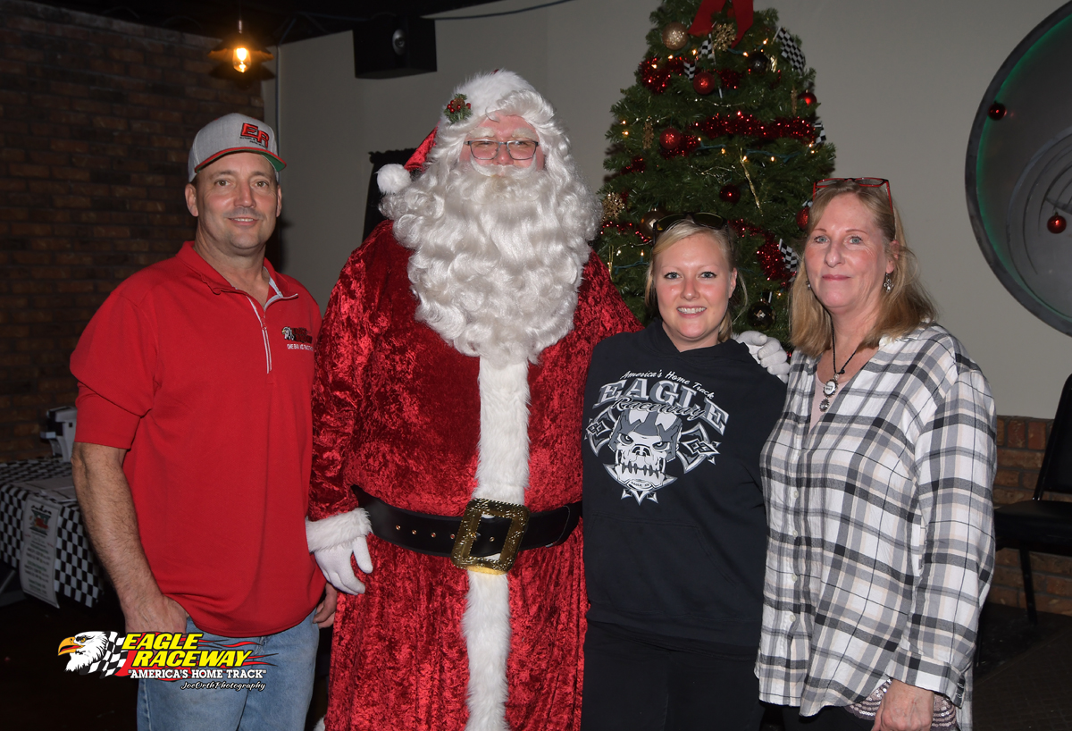 Eagle Christmas Party 12-03-17 (87)