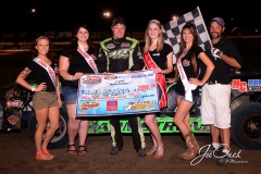 Eagle-07-11-15-481-Adam-Armstrong-with-2015-Miss-Nebraska-Cup-Jen-Harter-and-2015-Miss-Eagle-Raceway-finalist-Kayla-Meidinger-Zoe-Dalton-Robyn-Burnison-with-flagman-Billy-Lloyd-JoeOrthPhotos