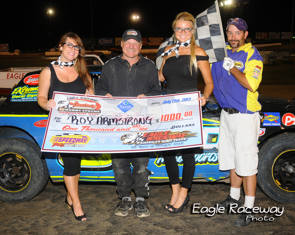 eagle-07-13-13-388-roy-armstrong-with-miss-nebraska-cup-courtney-wulf-and-miss-nebraska-cup-finalist-elle-patocka-and-flagman-billy-lloyd