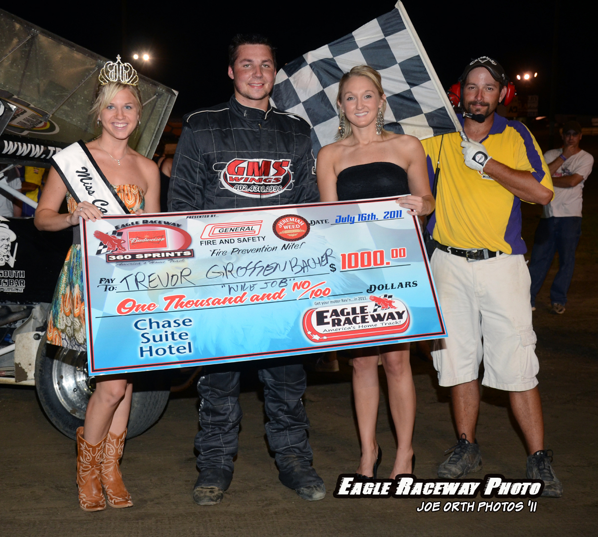 eagle-07-16-11-trevor-grossenbacher-with-miss-cass-county-deanne-kathol-and-2010-miss-nebraska-cup-finalist-jessica-spanel-and-flagman-billy-lloyd