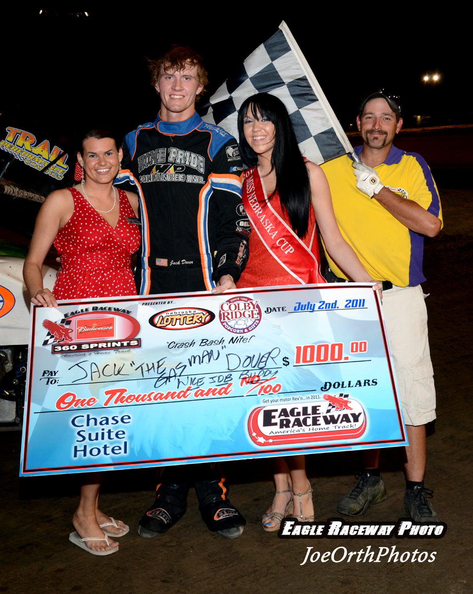 eagle-07-02-11-jack-dover-with-miss-nebraska-cup-katlin-leonard-and-marsha-meadows-and-flagman-billy-lloyd