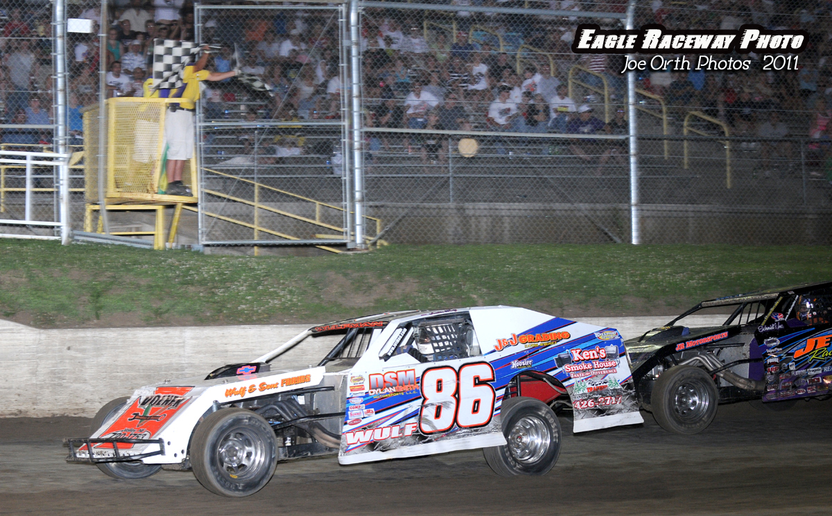 eagle-07-02-11-justin-wulf-takes-the-checkers-with-saathoff-in-second
