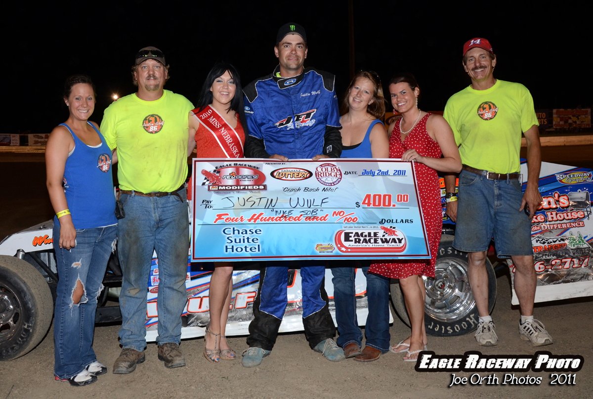 eagle-07-02-11-justin-wulf-with-miss-nebraska-cup-katlin-leonard-and-marsha-meadows-and-crew