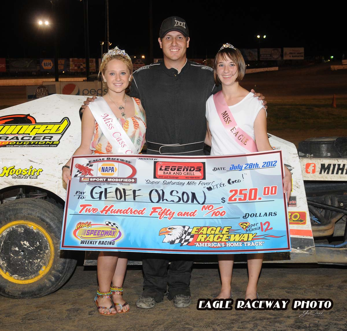 eagle-07-28-12-555-geoff-olson-with-miss-cass-county-loxley-grafe-and-miss-eagle-amanda-fogerty