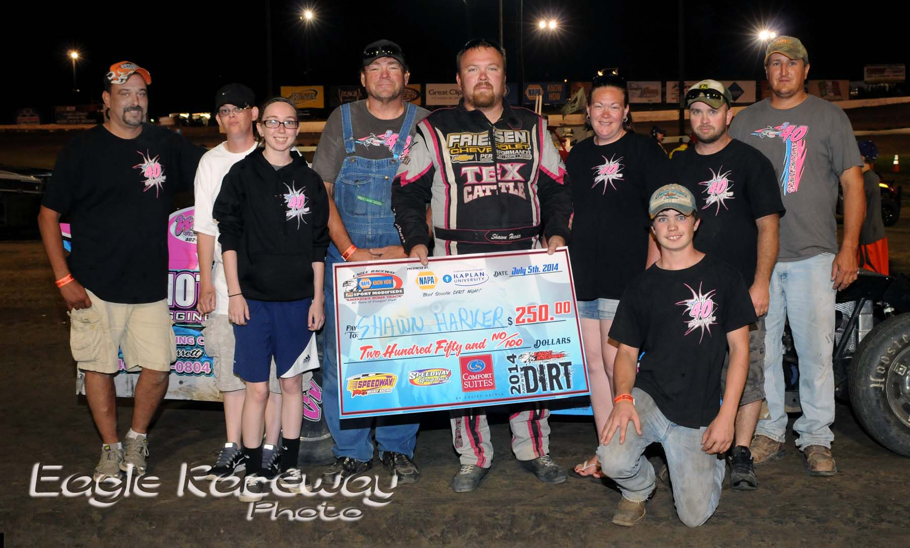 eagle-07-05-14-573-shawn-harker-with-crew-and-family-joeorthphotos