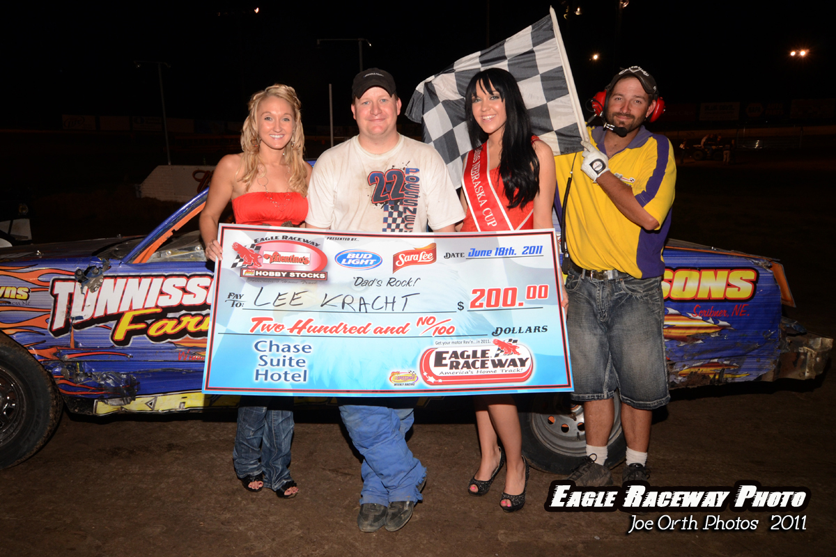 eagle-06-18-11-kracht-with-nebraska-cup-girl-jessica-spanel-and-miss-nebraska-cup-katlin-leonard-and-flagman-billy-lloyd