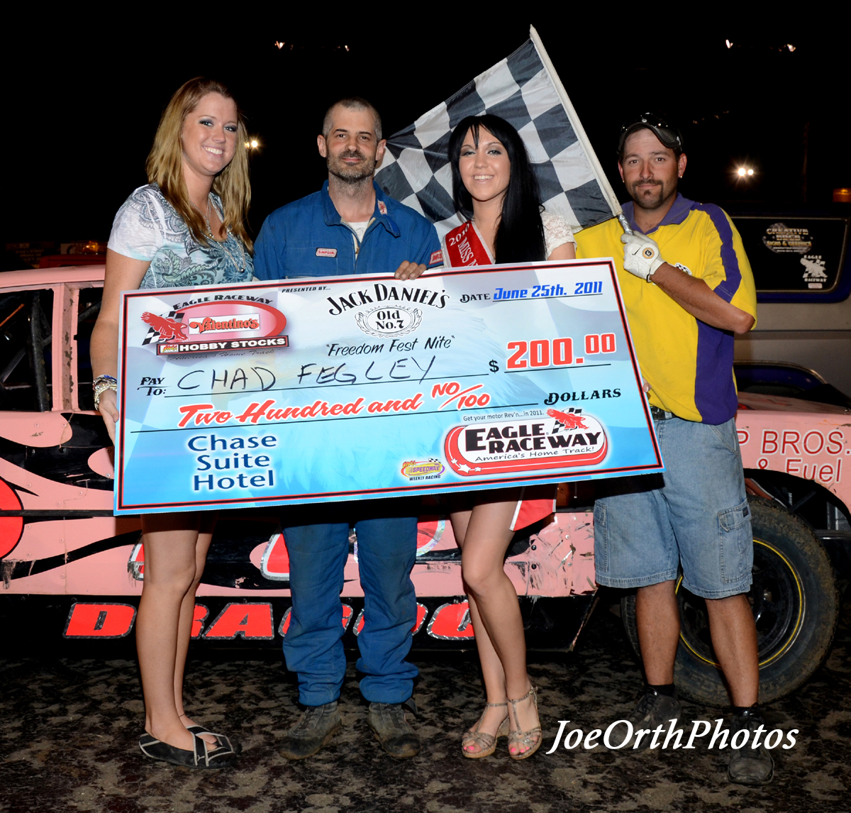 eagle-06-25-11-chad-fegley-with-miss-nebraska-cup-katlin-leonard-and-nebraska-cup-finalist-rachel-cogan-and-flagman-billy-lloyd