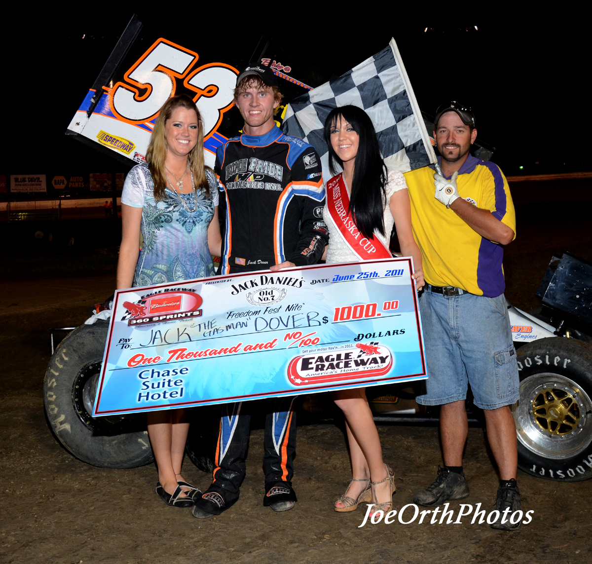 eagle-06-25-11-jack-dover-with-miss-nebraska-cup-katlin-leonard-and-nebraska-cup-finalist-rachel-cogan-and-flagman-billy-lloyd
