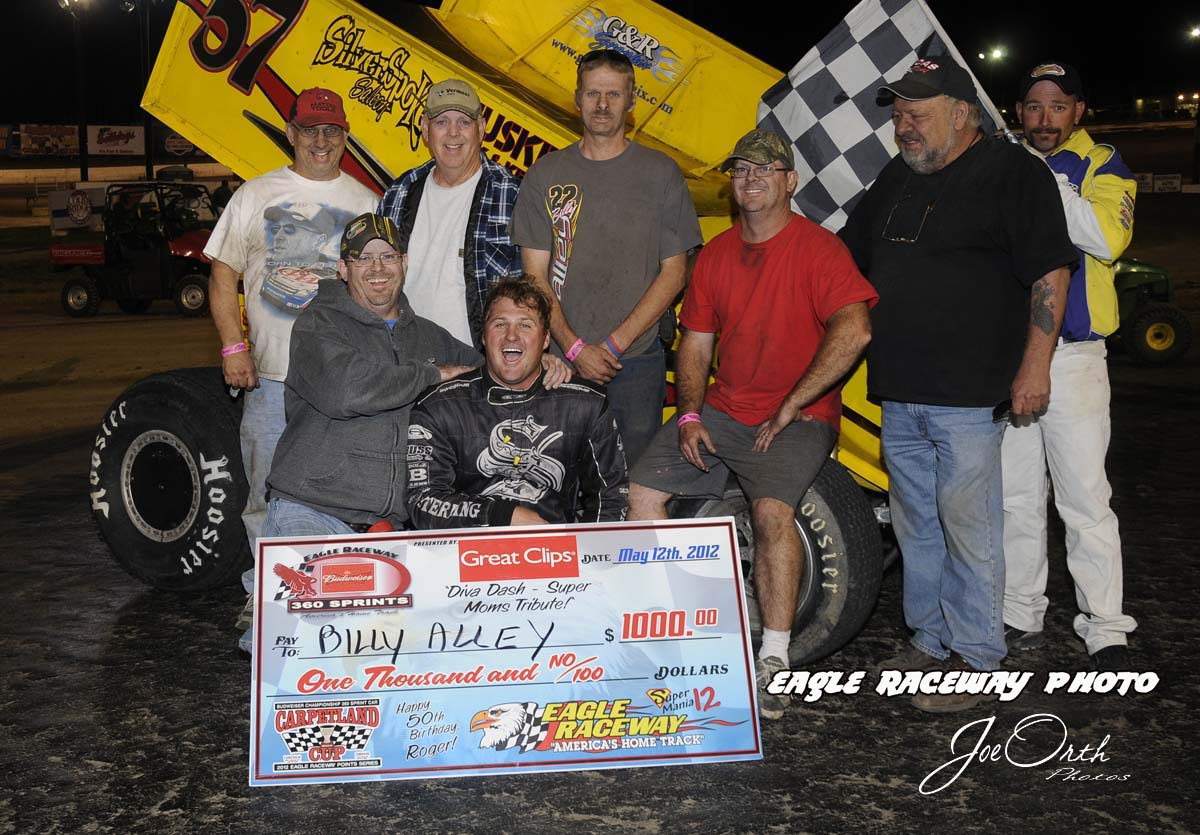 eagle-05-12-12-billy-alley-and-crew-with-flagman-billy-lloyd_edited-2