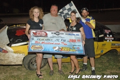 eagle-05-26-12-don-hall-jr-with-catrina-harris-and-elle-patocka-and-flagman-billy-lloyd