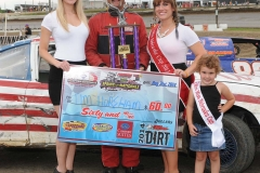 Eagle-09-01-14-557-Tim-Horsham-with-2013-Miss-Nebraska-Cup-Elle-Potocka-and-Miss-Nebraska-Cup-finalist-Jen-Harter-along-with-2014-Mini-Miss-Nebraska-Cup-finailist-Avari-Thornton-JoeOrthPhoto