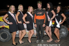 eagle-09-04-11-modifieds-king-of-the-hill-champion-chris-alcorn-with-2011-nebraska-cup-finalist-catrina-harris-elle-patocka-emma-kelley-jamie-kromberg-lindsey-flodman